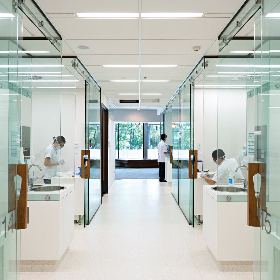 The University Of Queensland Oral Health Centre Australia By Cox Rayner Architects