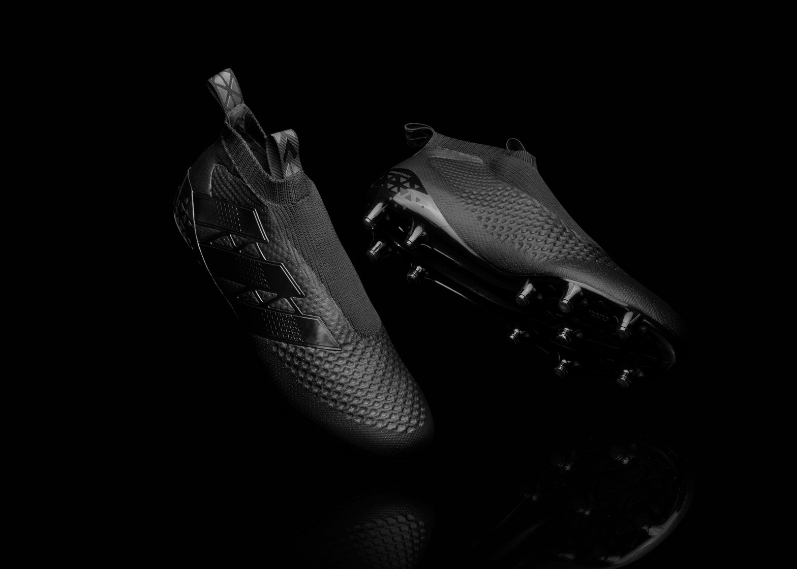59e9e023d Adidas to release laceless knitted football boots in 2016