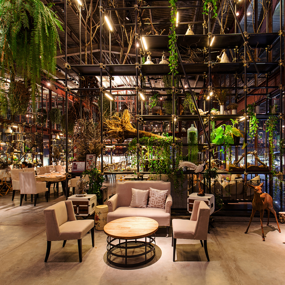Vivarium, Bangkok, Thailand, by Hypothesis