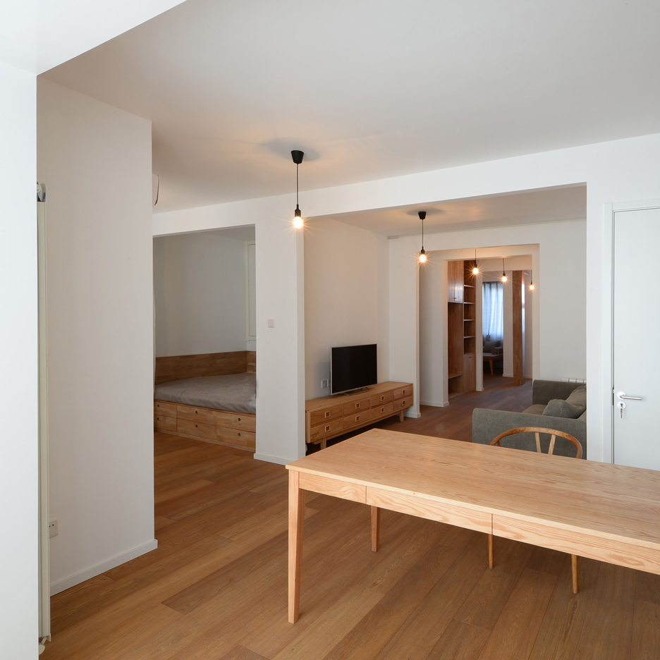An-apartment-without-centre_Lee-Chul-Liu-Jing_Interior-renovation_Beijing_China_dezeen_sq