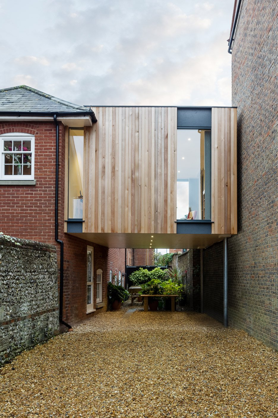 Austen House Extension By Adam Knibb Architects