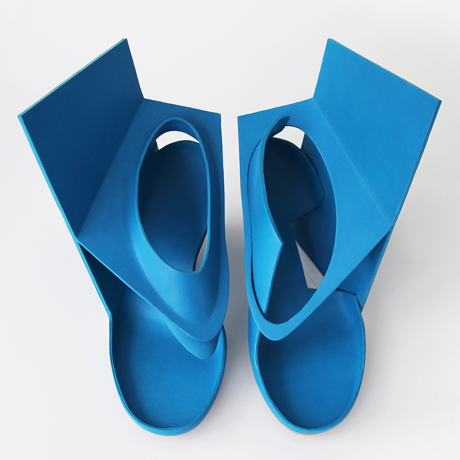 "Marloes ten Bhömer's Bluepanelshoe is an alternative to conventional ""clichéd"" high heels"