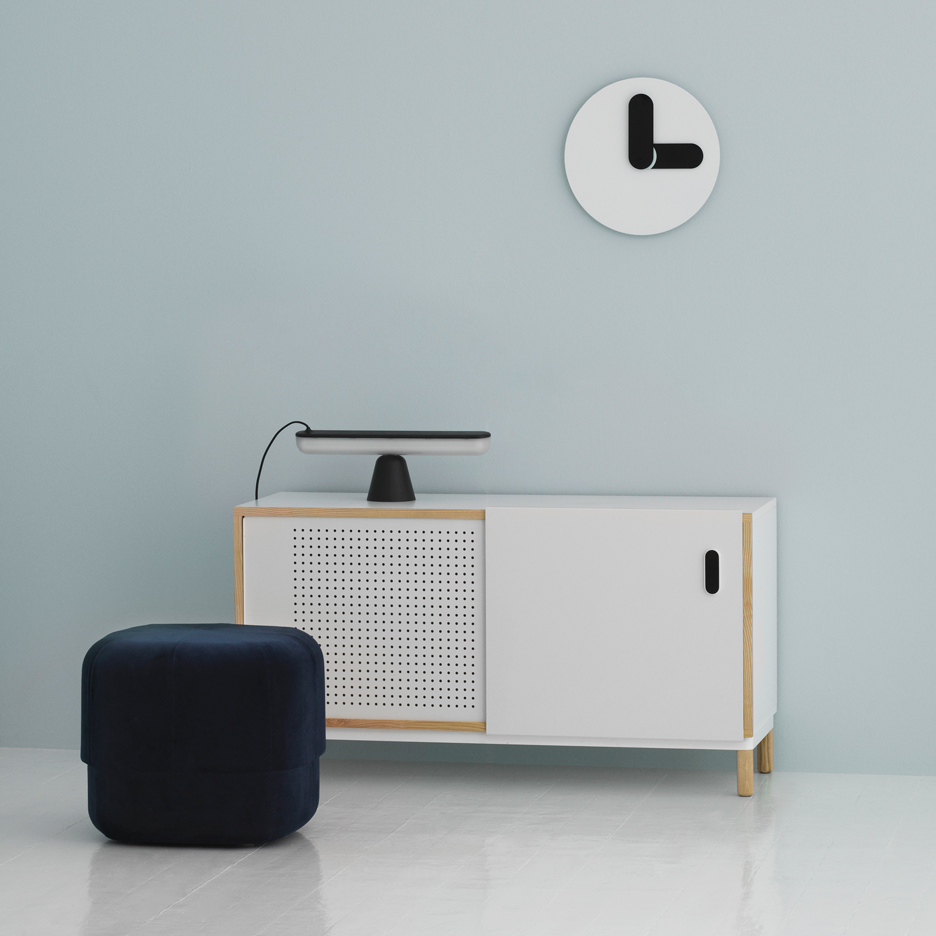 Jonas Wagell's minimal Bold clock is based on typographic shapes