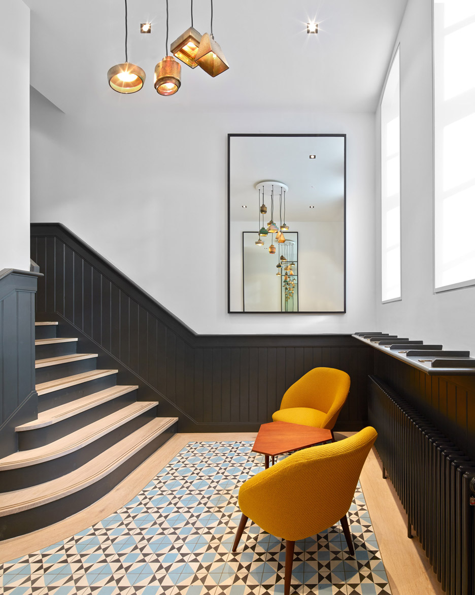 Broad Court by Emrys Architects