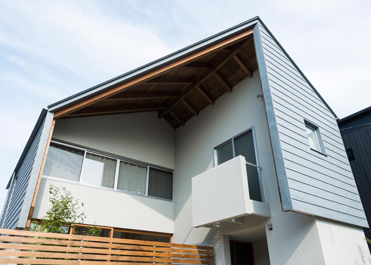 Cardigan Cardigan by Takeru Shoji Architects