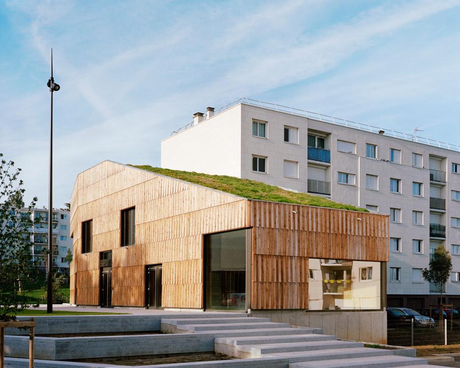 Centre Socio Culturel Christian Marin by Guillaume Ramillien Architecture