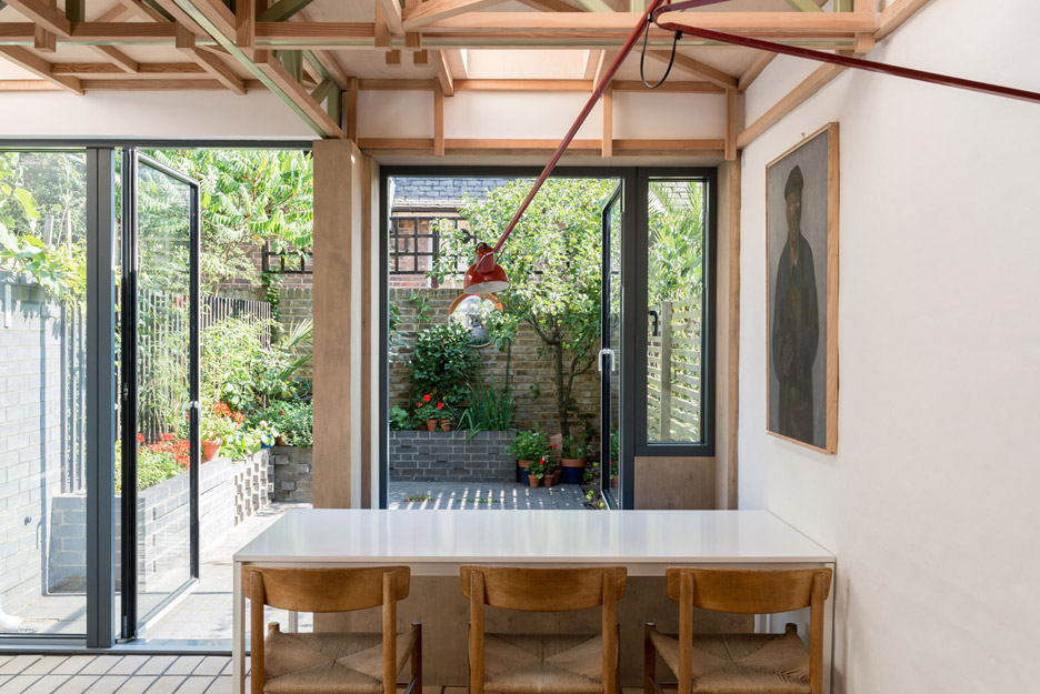 Clock House by Archmongers Architects