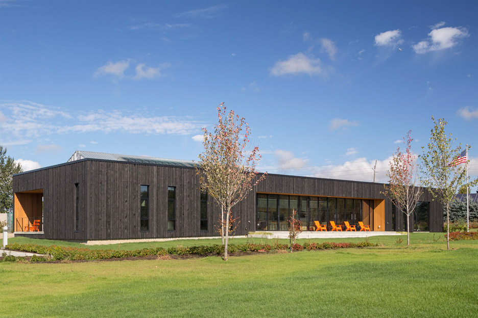 Oregon fire station by hennebery eddy features a burnt