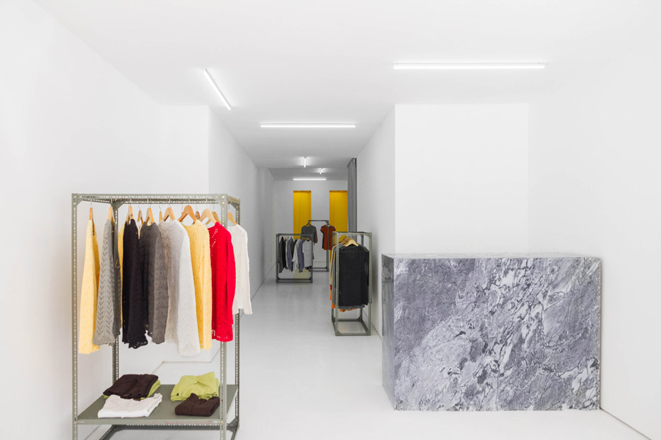 Flagship store by Fala Atelier