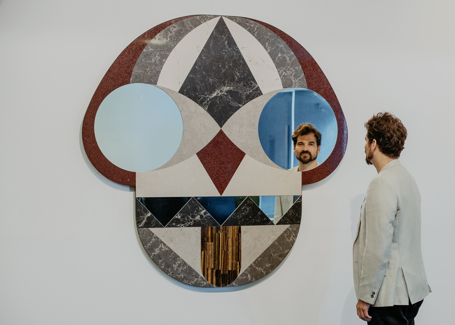 Mask mirror by Jaime Hayon