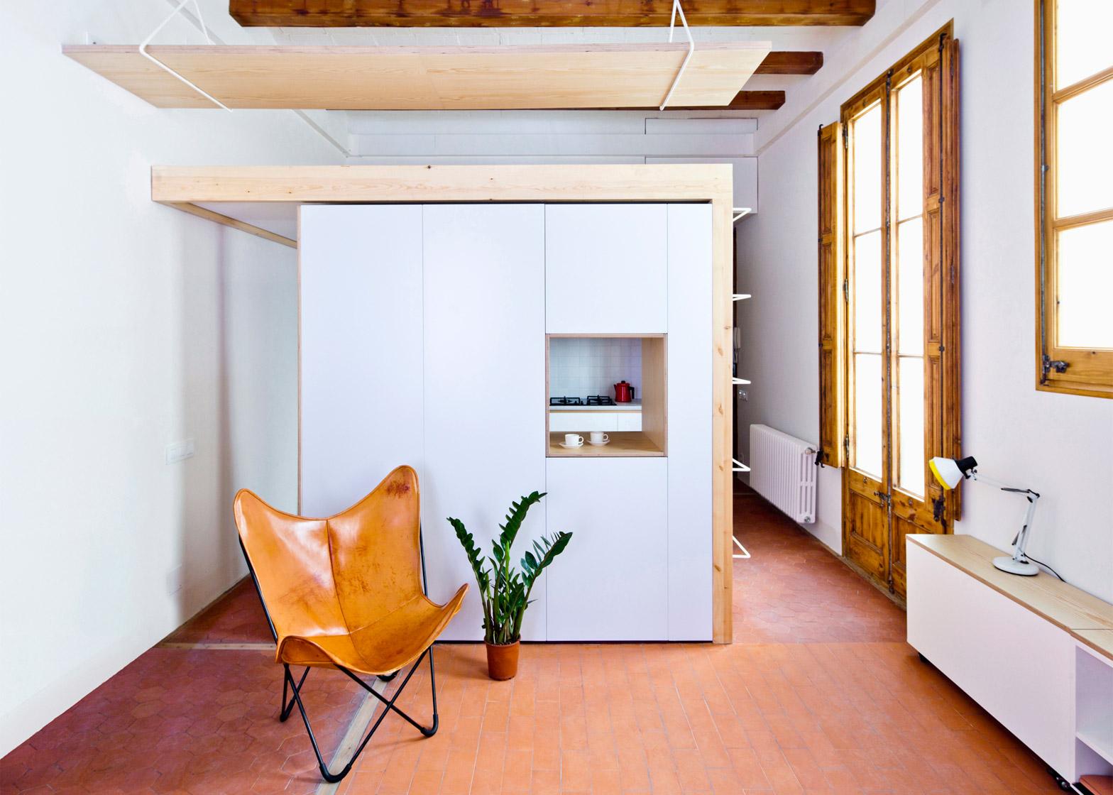 Apartment refurbishment in Gran Via, Barcelona by Anna & Eugeni Bach