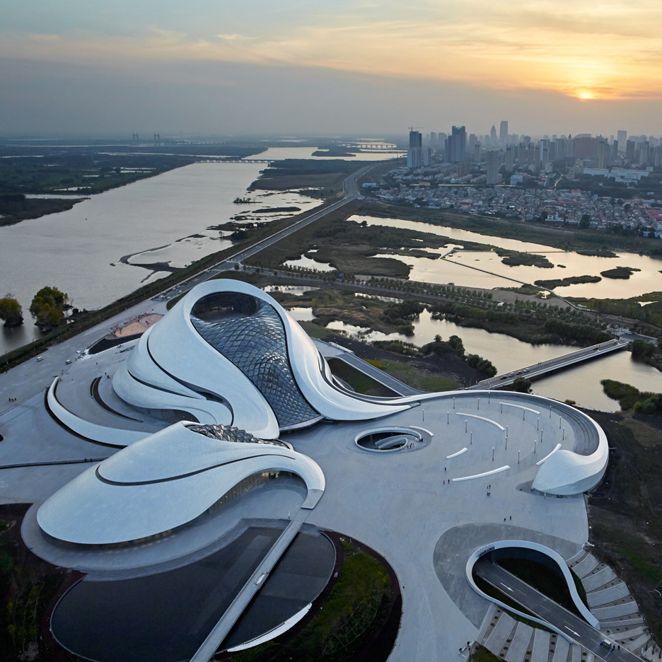 """""""Architects should be more critical and visionary"""" says Ma Yansong"""