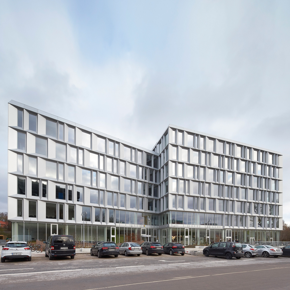 Microsoft building by Henning Larsen Architects