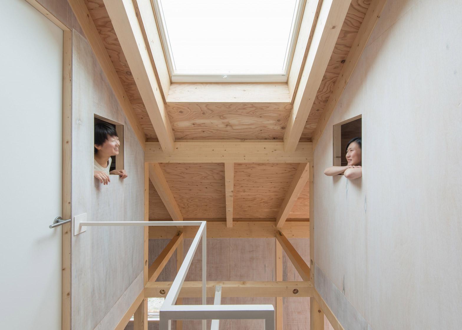 Timber Framed Home By Yoshichika Takagi Has Attic Bedroom