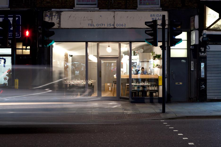 Jidori-restaurant-by-Giles-Reid_dezeen_936_4
