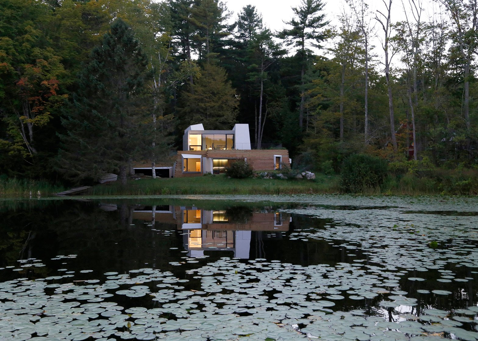 Lake House, Massachusetts