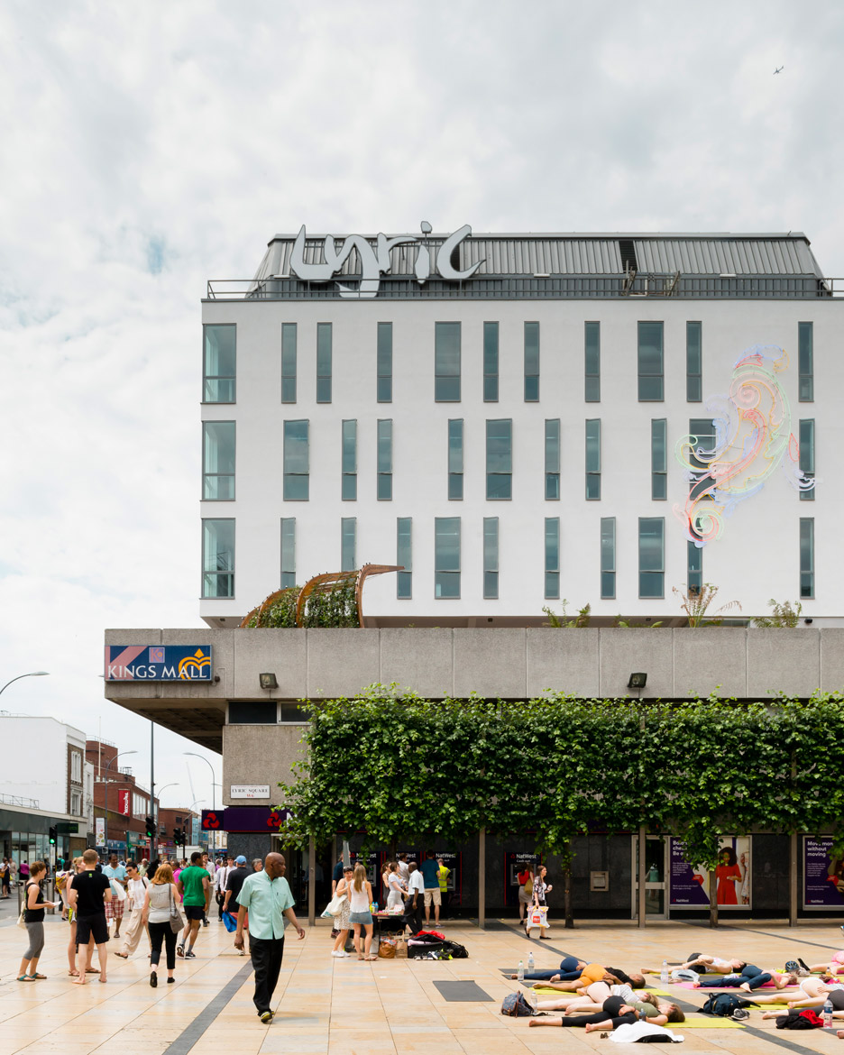 Rick Mather Architects refurbishes and expands London's Lyric Hammersmith theatre