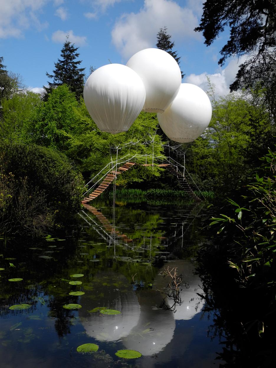 Pont de Singe balloon bridge by Olivier Grossetête