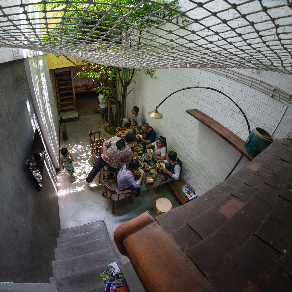 Saigon house by a21 Studio