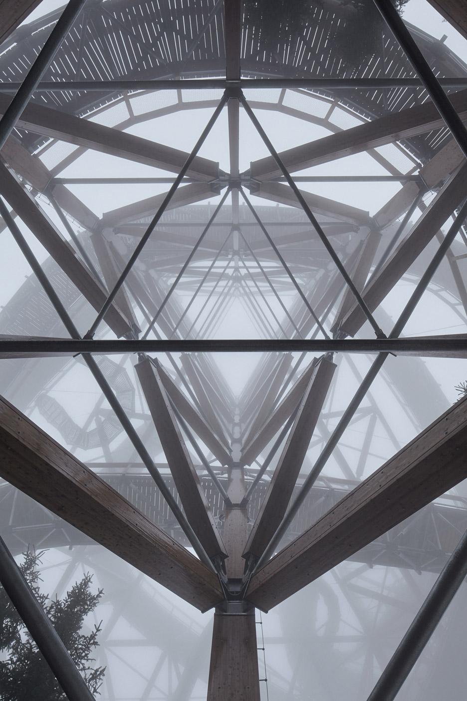 Sky Walk by Franek Architects