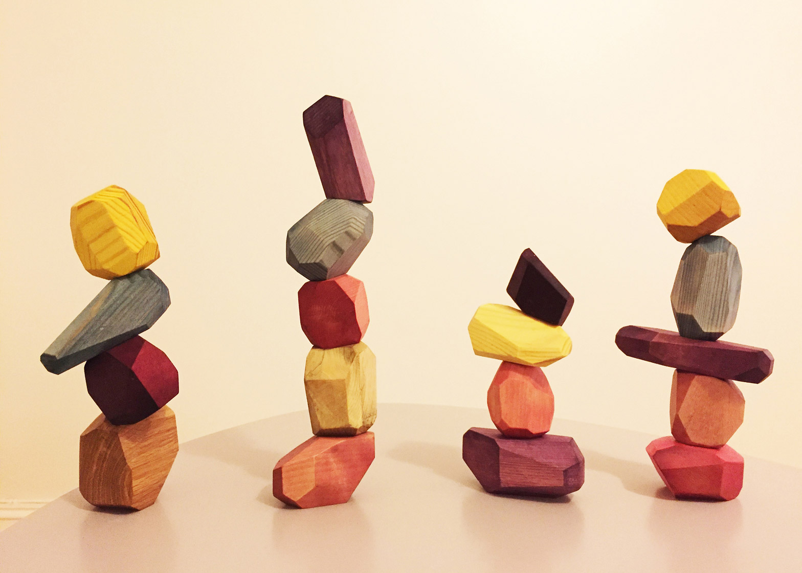 Snego blocks are made from salvaged wood and natural dyes