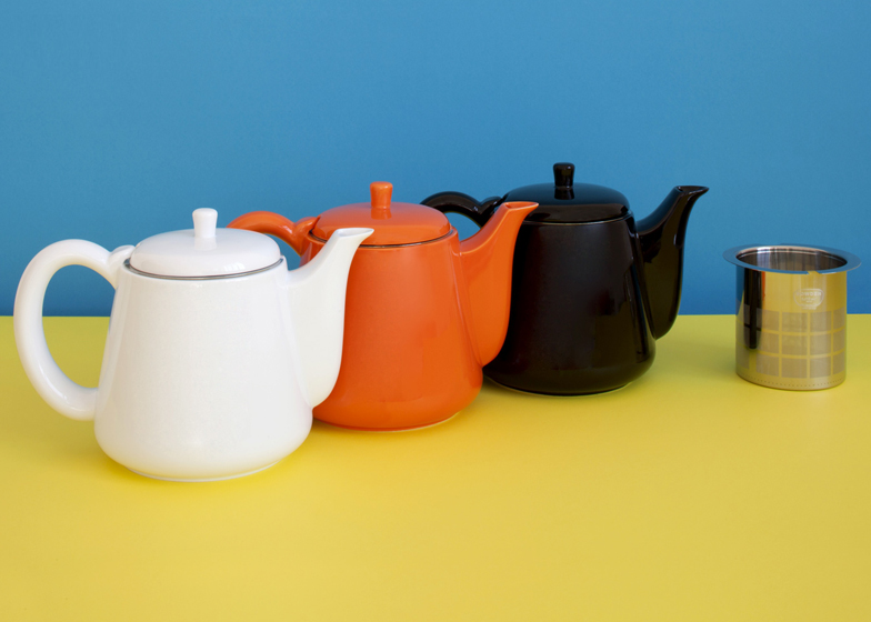 Softbrew teapots by George Sowden