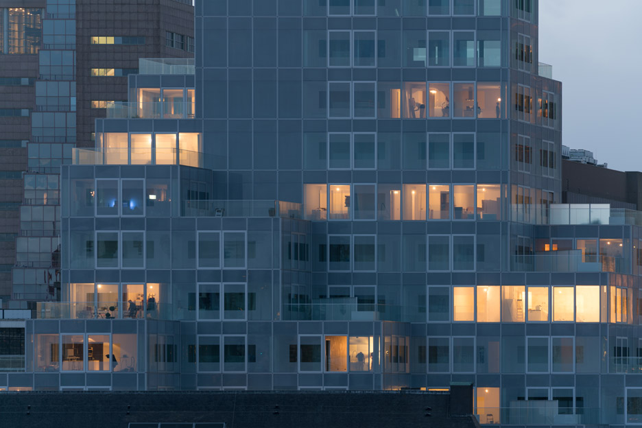 Timmerhuis by OMA