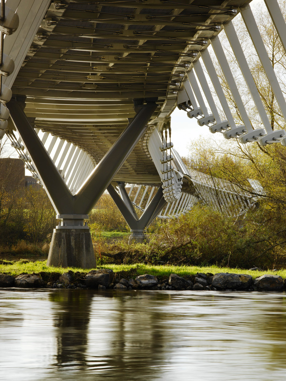 University of Limerick Living Bridge by Wilkinson Eyre