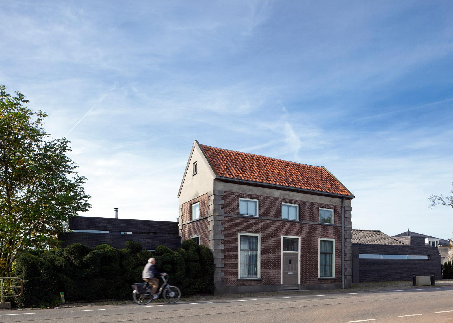 Villa het Tolhuis by Bekkering Adams Architecten