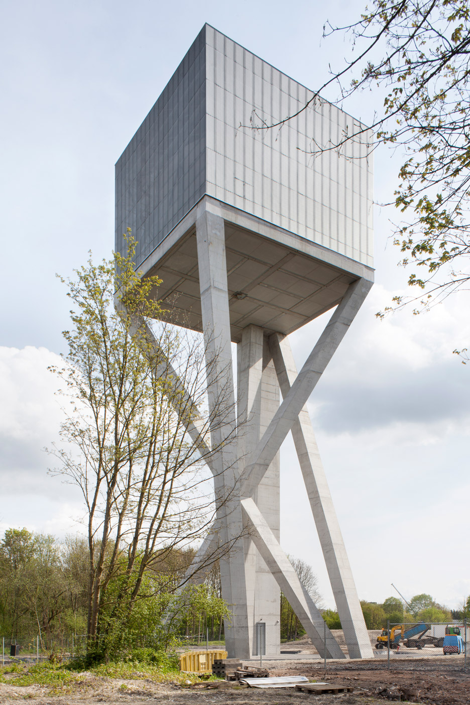 Water-Tower_Chateau-D'eau_V-Plus_Ghlin-Baudour-industrial-estate_Brussels_Maxime-Delvaux_dezeen_936_0