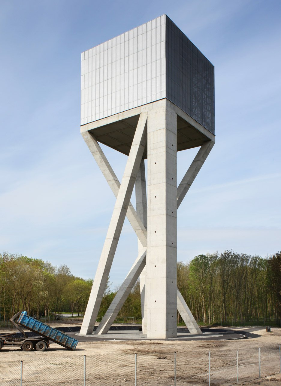 Water-Tower_Chateau-D'eau_V-Plus_Ghlin-Baudour-industrial-estate_Brussels_Maxime-Delvaux_dezeen_936_1