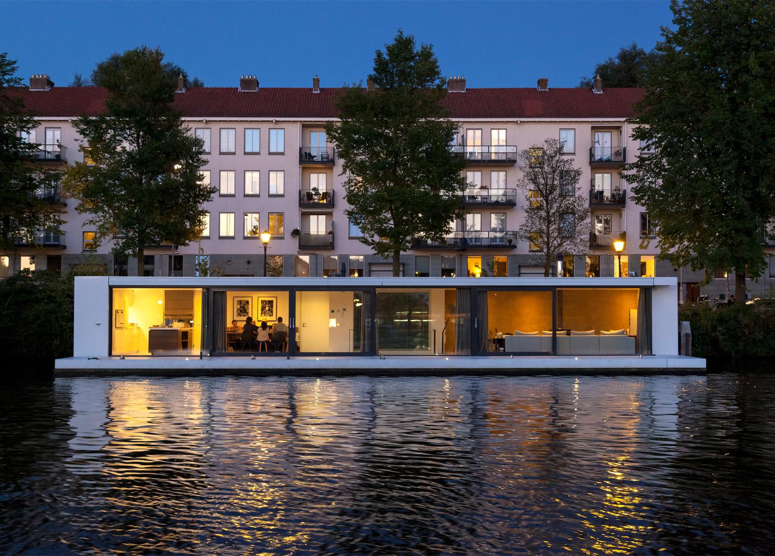+31 Architects's Watervilla Weesperzijde houseboat in Amsterdam