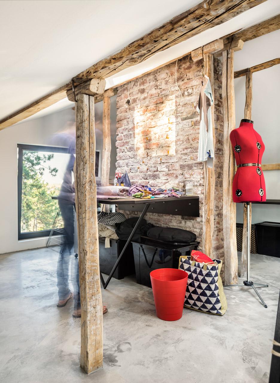 Dontdiy house a01 bankya bulgaria assen emilov interiors dezeen 936 121.jpg