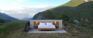 null-stern-hotel-switzerland-alps_dezeen_rhs