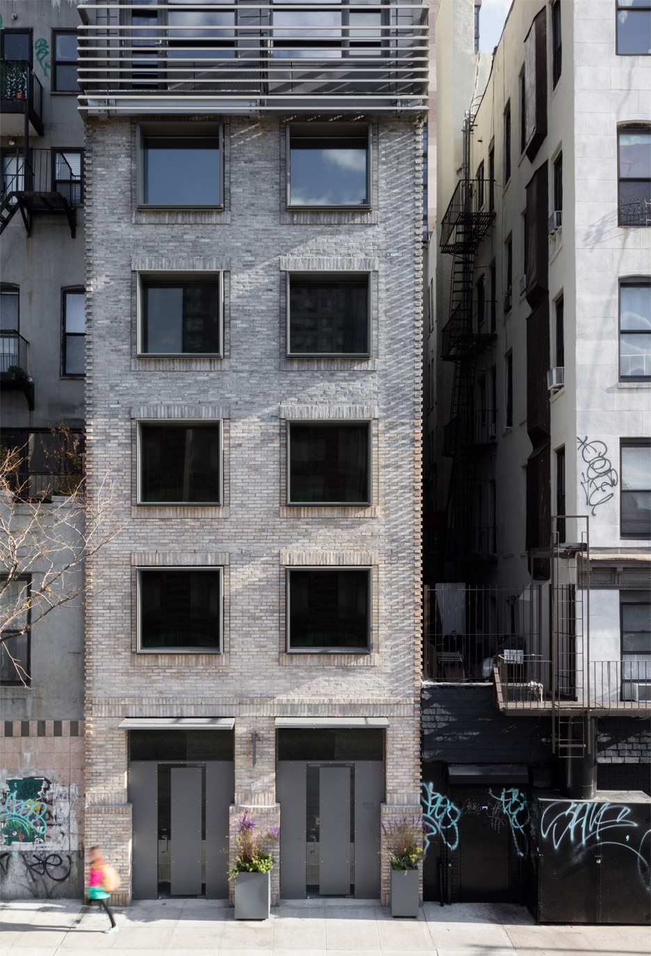 New york apartment block by grzywinski pons references for New apartments