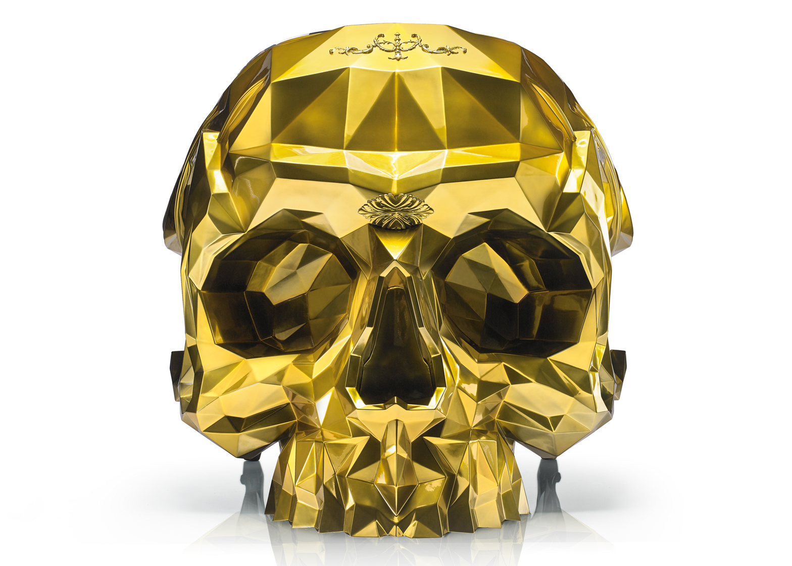 Harow S Gold Plated Skull Armchair Carries A 500k Price Tag