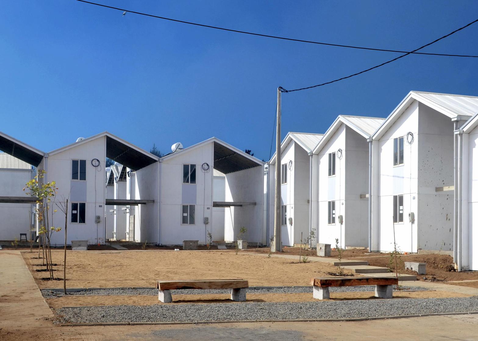 Villa Verde Housing, Constitución, 2013