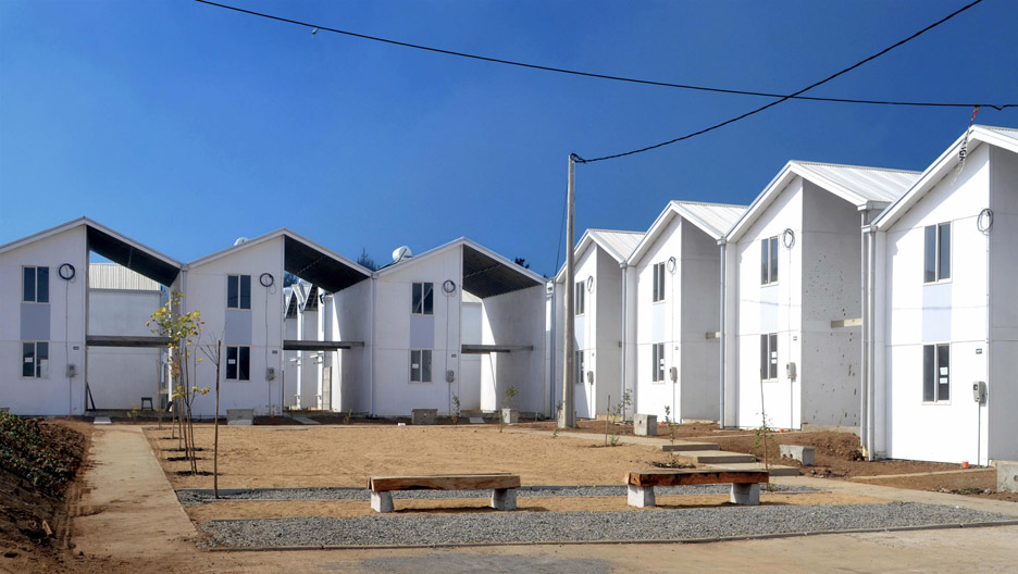 Villa Verde Housing, Constitución, 2013. Photograph by Elemental