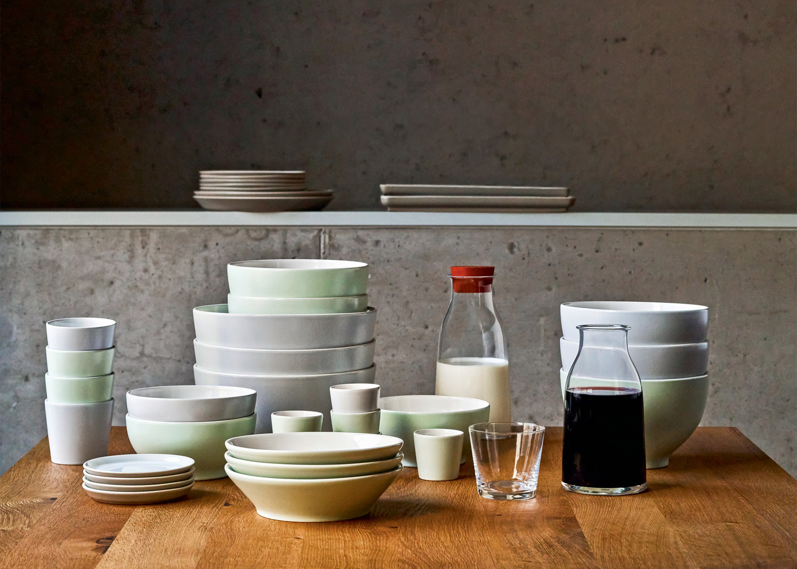 David Chipperfield ceramics for Alessi SS16 & David Chipperfield adds to Tonale ceramics range for Alessi