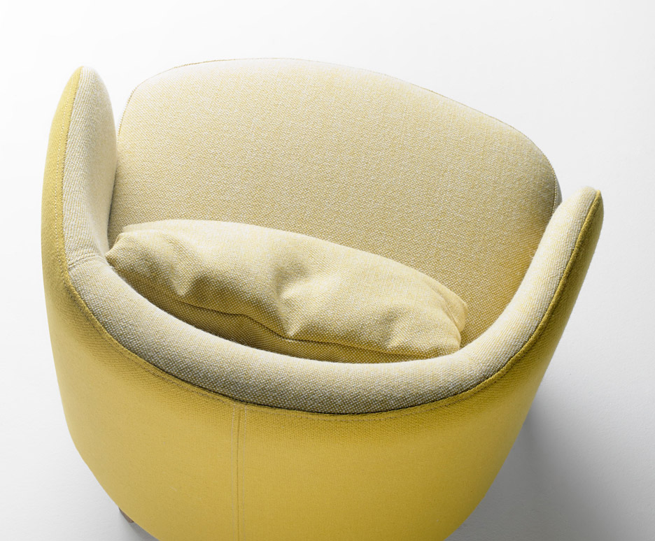 Concha-armchair_Samuel-Accoceberry_Maison-Objet-2016_furniture-design-_dezeen_936_3