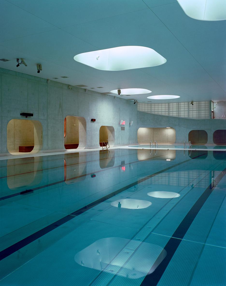 Aquazena swimming pool by Mikou Studio