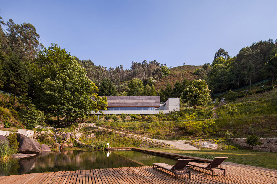 Casa Gerês in Portugal by Carvalho Araújo