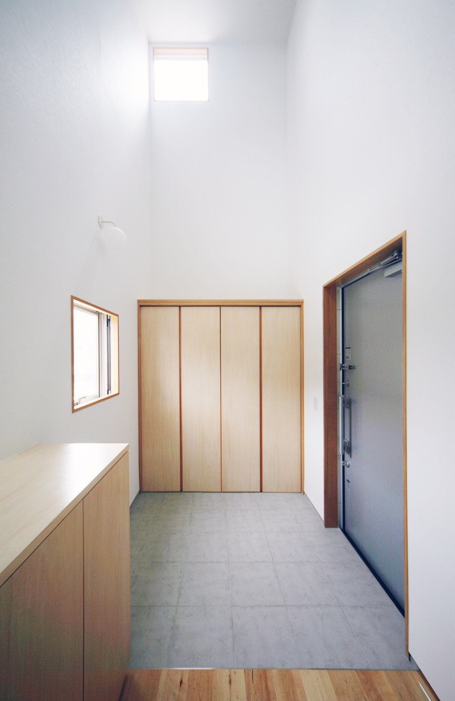 House in Kosai, Japan by Shuhei Goto Architects