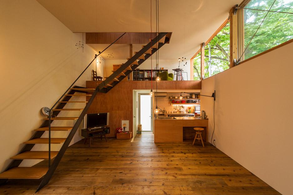 House to catch the tree by Takeru Shoji Architects