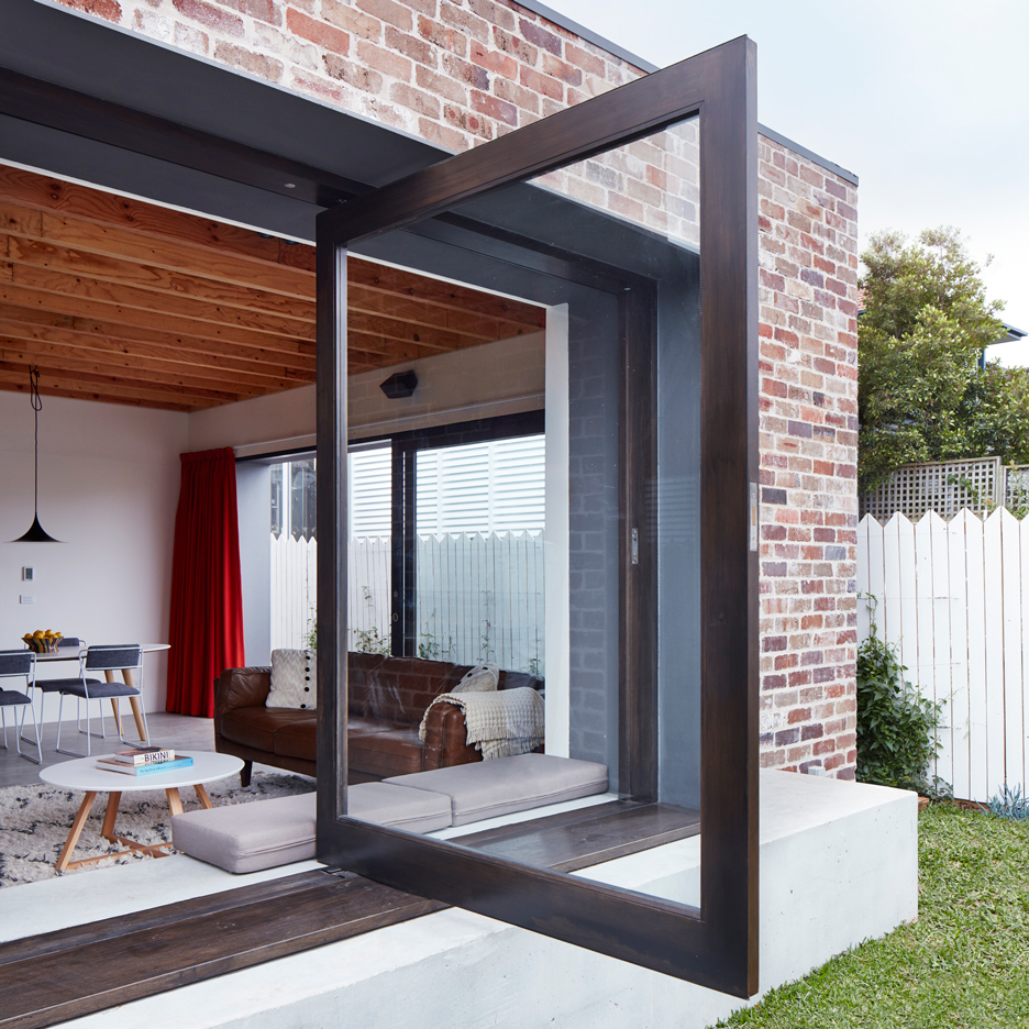 Those Architects transforms small Sydney bungalow into spacious courtyard home