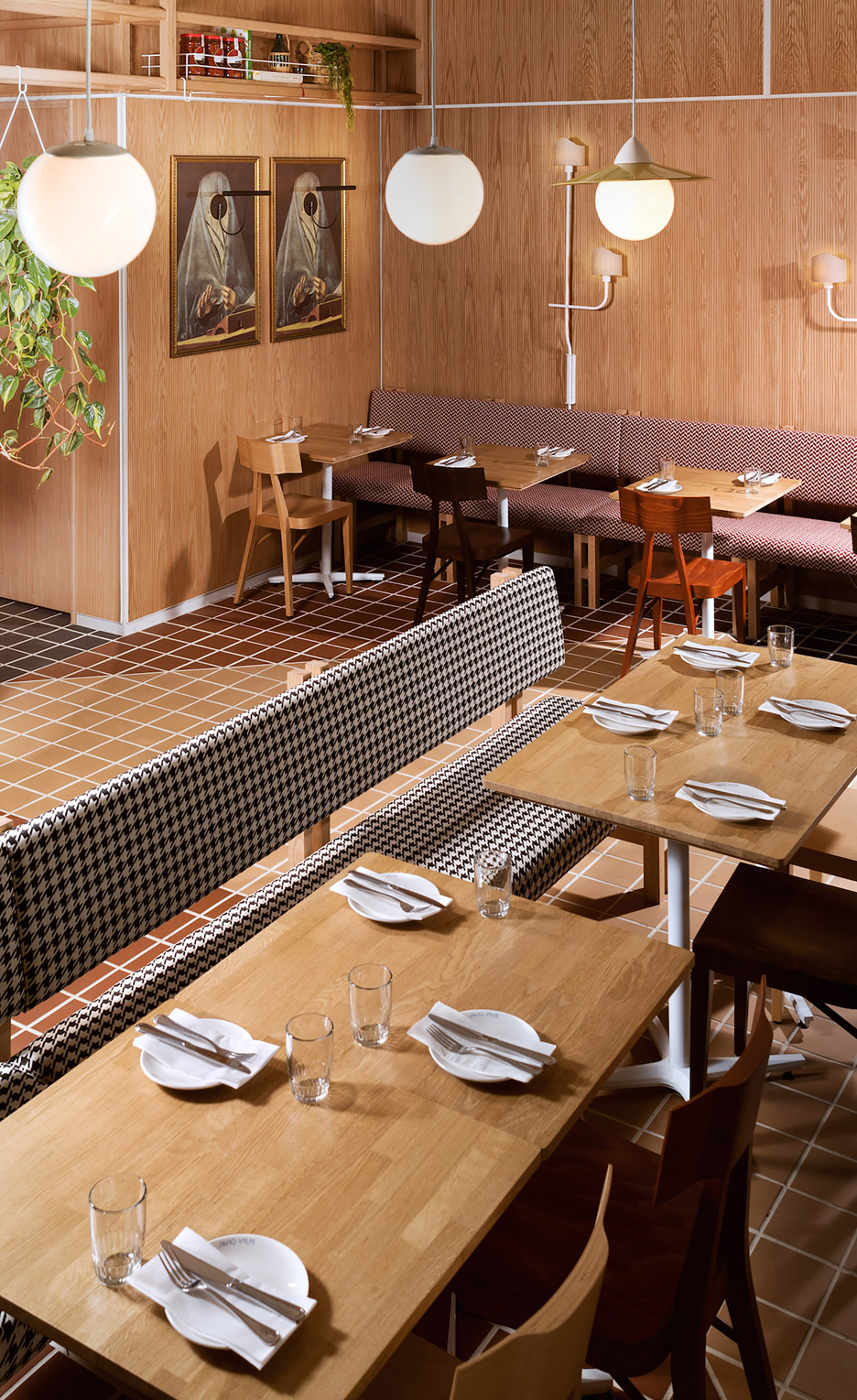 Osteria-Savio-Volpe-by-Ste-Marie_dezeen_936_0