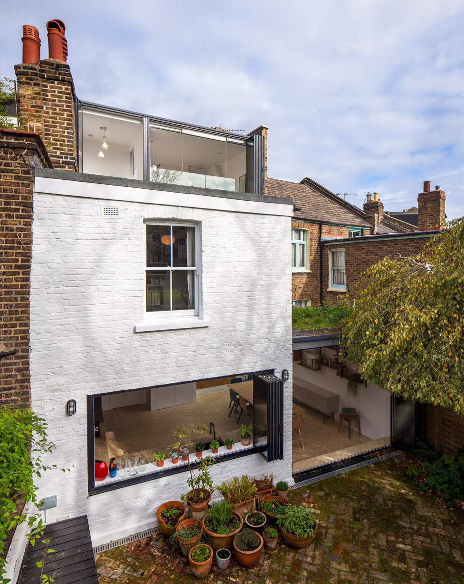 Shepherds Bush extension by Studio 30 Architects