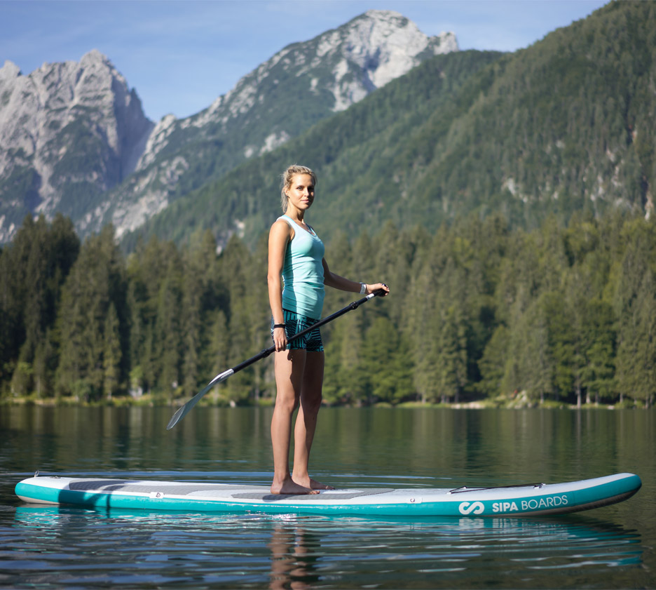 Self-inflating electric paddleboard by SipaBoards