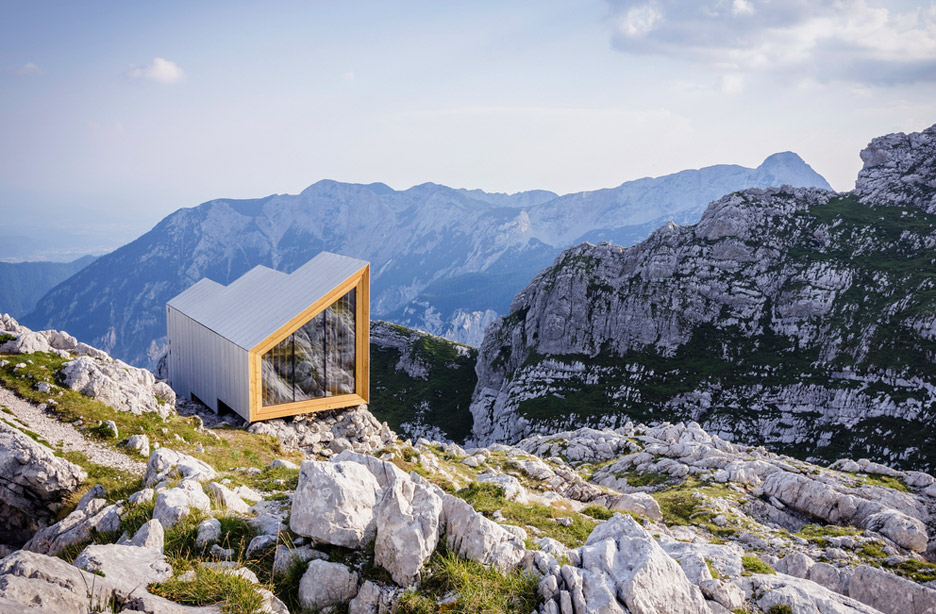 Alphine Shelter by OFIS and AKT II