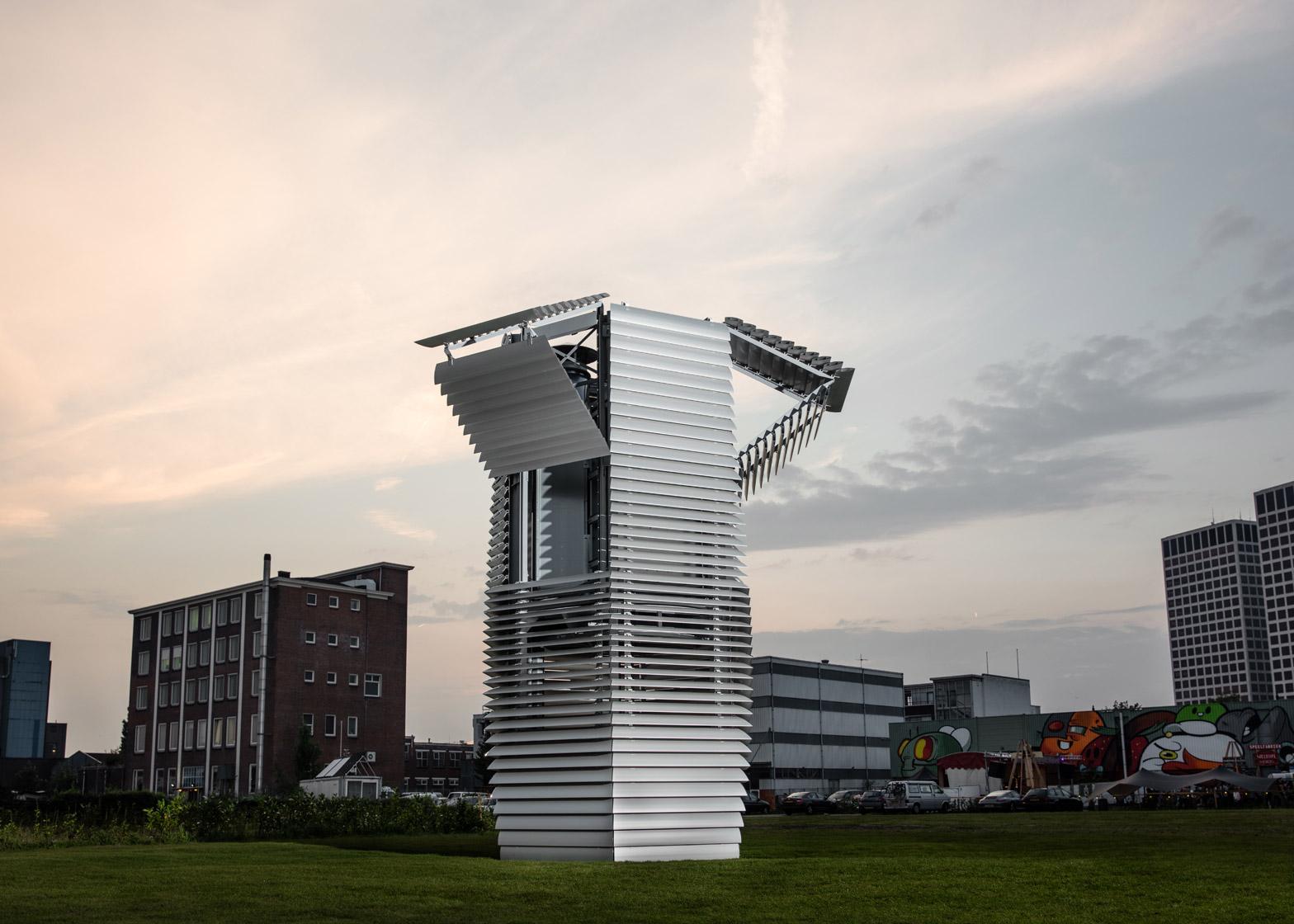Daan Roosegaarde's Smog Free Tower